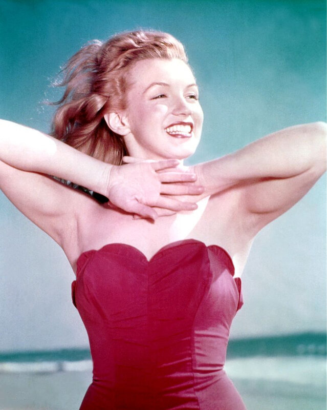 1947-beach-bathsuit_red-030-1-by_willinger-1