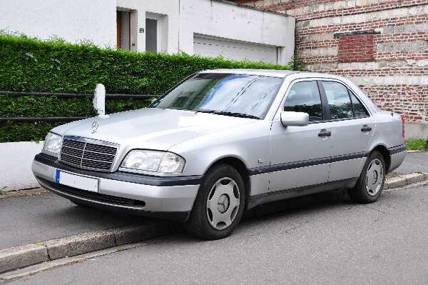 MercedesBenz_W202_600x400