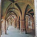 Montauban - place nationale - les arceaux
