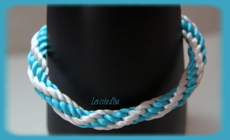 bracelet kumihimo blanc bleu