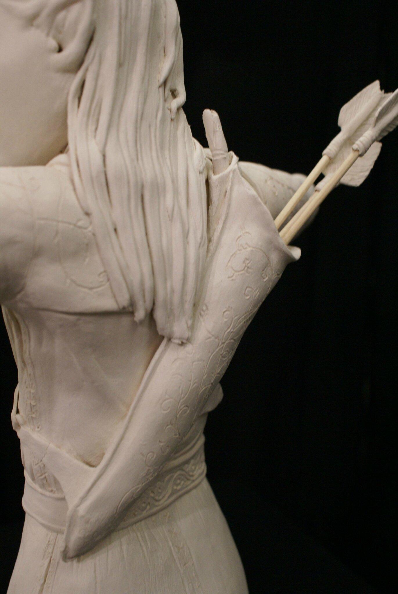 l'Elfe Archer: le détail du carquoi qui nous a demandé de la recherche sur internet. les hampes des flèches sont en grès papier et font moins d'1 mm d'épaisseur