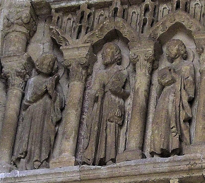 10_portail église VILLALCAZAR de SIRGA_détail statue St Jacques