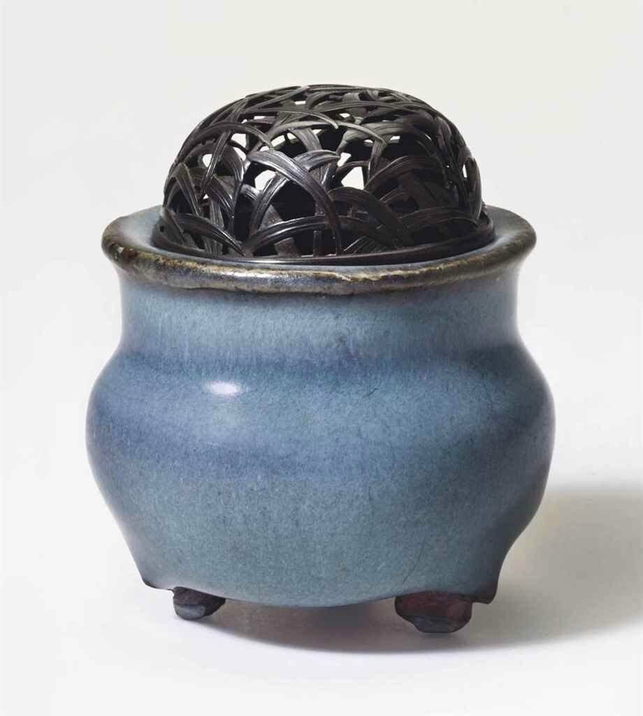 A miniature Jun tripod censer, Northern Song-Jin dynasty (960-1234)
