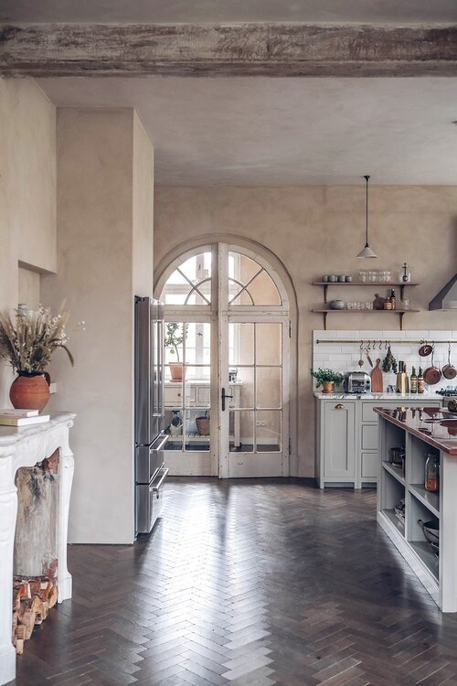 A+Beautiful+deVOL+Kitchen+in+a+Renovated+German+Schoolhouse+-+The+Nordroom+19