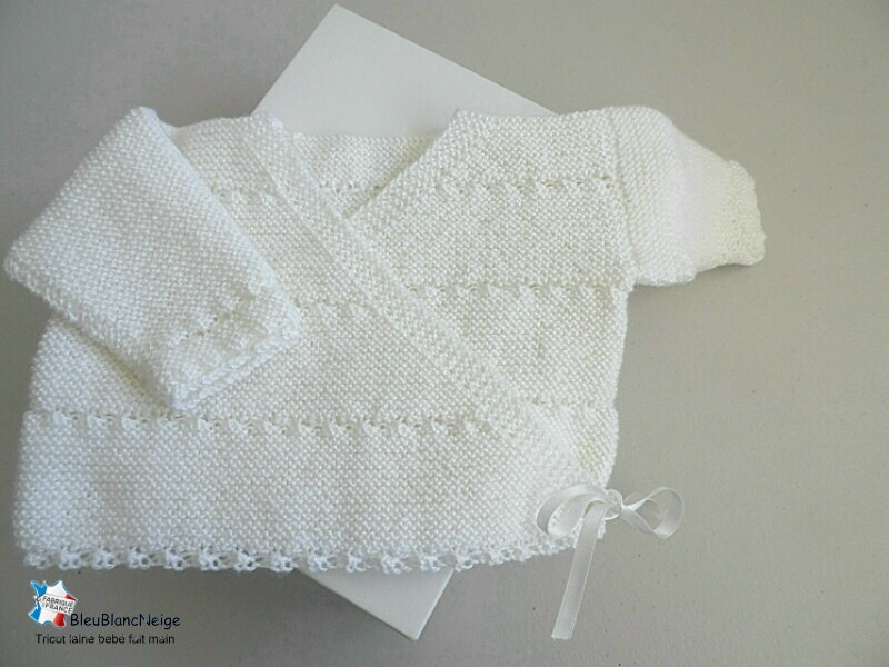 brassiere-croise-raye-astra-lait-tricot-bebe-bb-01