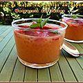 Soupe de melon aux perles du japon et carpaccio de fraises