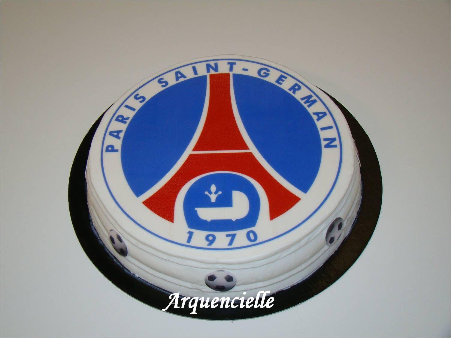Gâteau PSG feuille en sucre