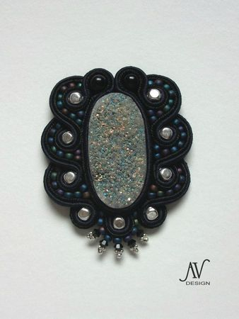 Galaxie broche