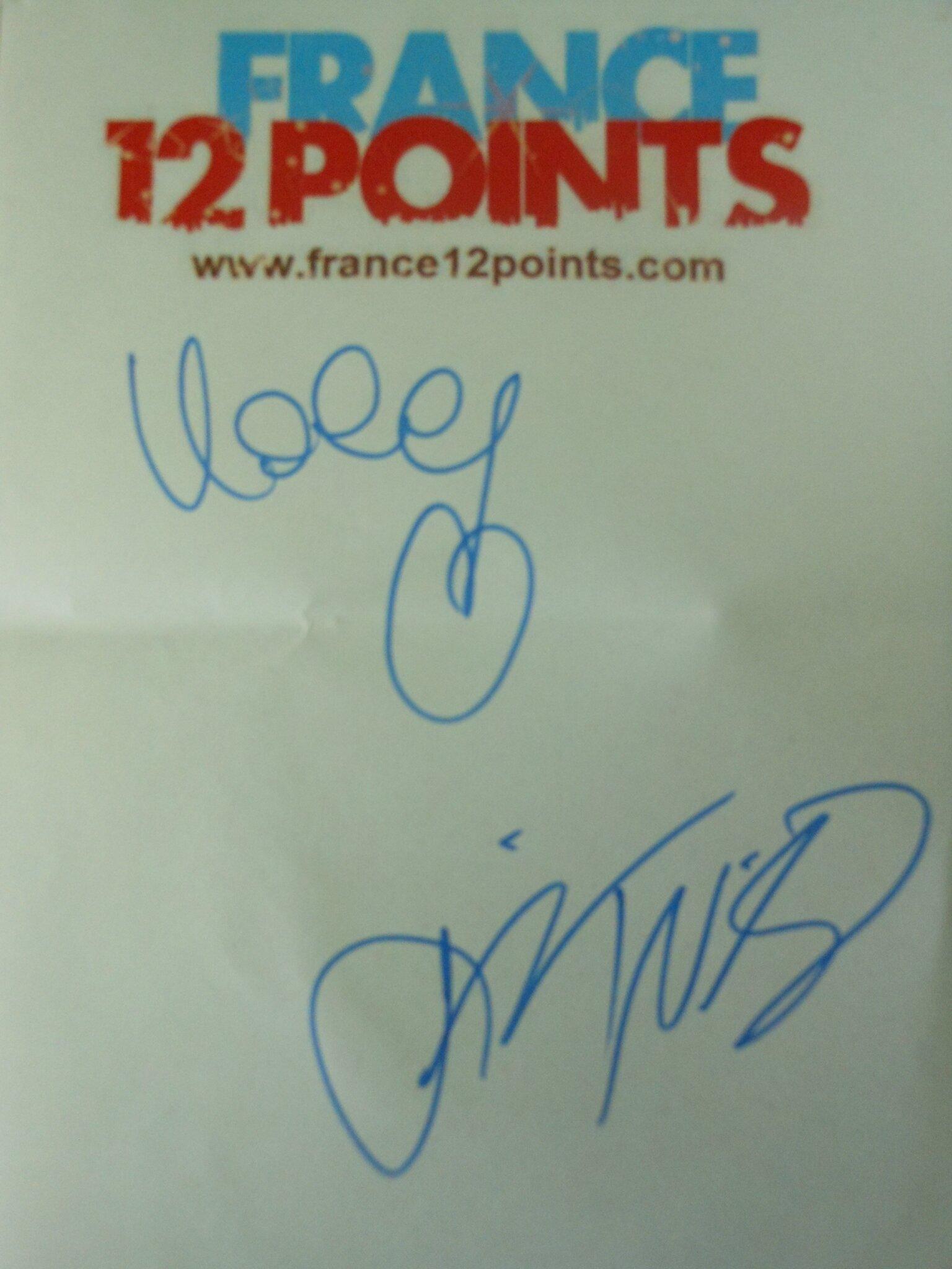 684 - Autographe Valentina Monetta & Jimmie WIlson