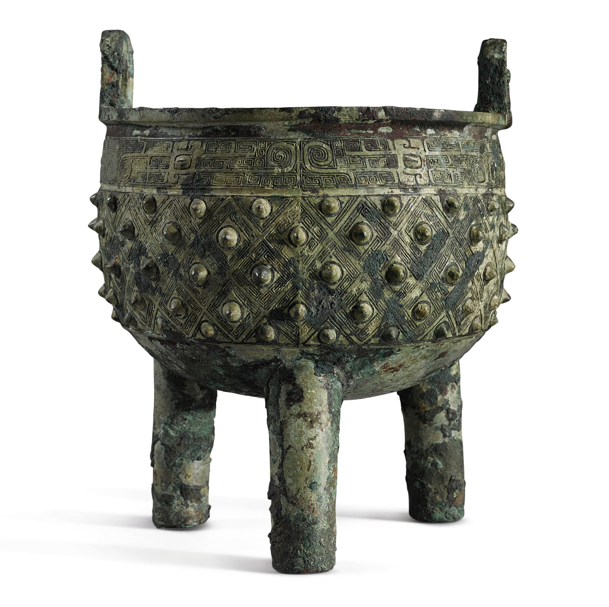 An archaic bronze ritual vessel (ding), Late Shang–Early Western Zhou dynasty