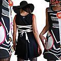 Robe maille Noire écru Look graphique & patch Fleur 70's stylisée et imprimé Vintage seventies