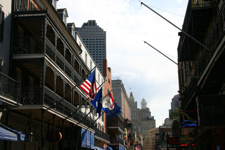 Louisiana_Bourbon_Street_3