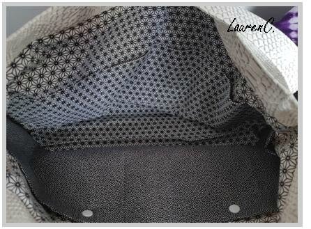 SAC SIMILI DRAGON BLANC VAGUES LOSANGES INTERIEUR