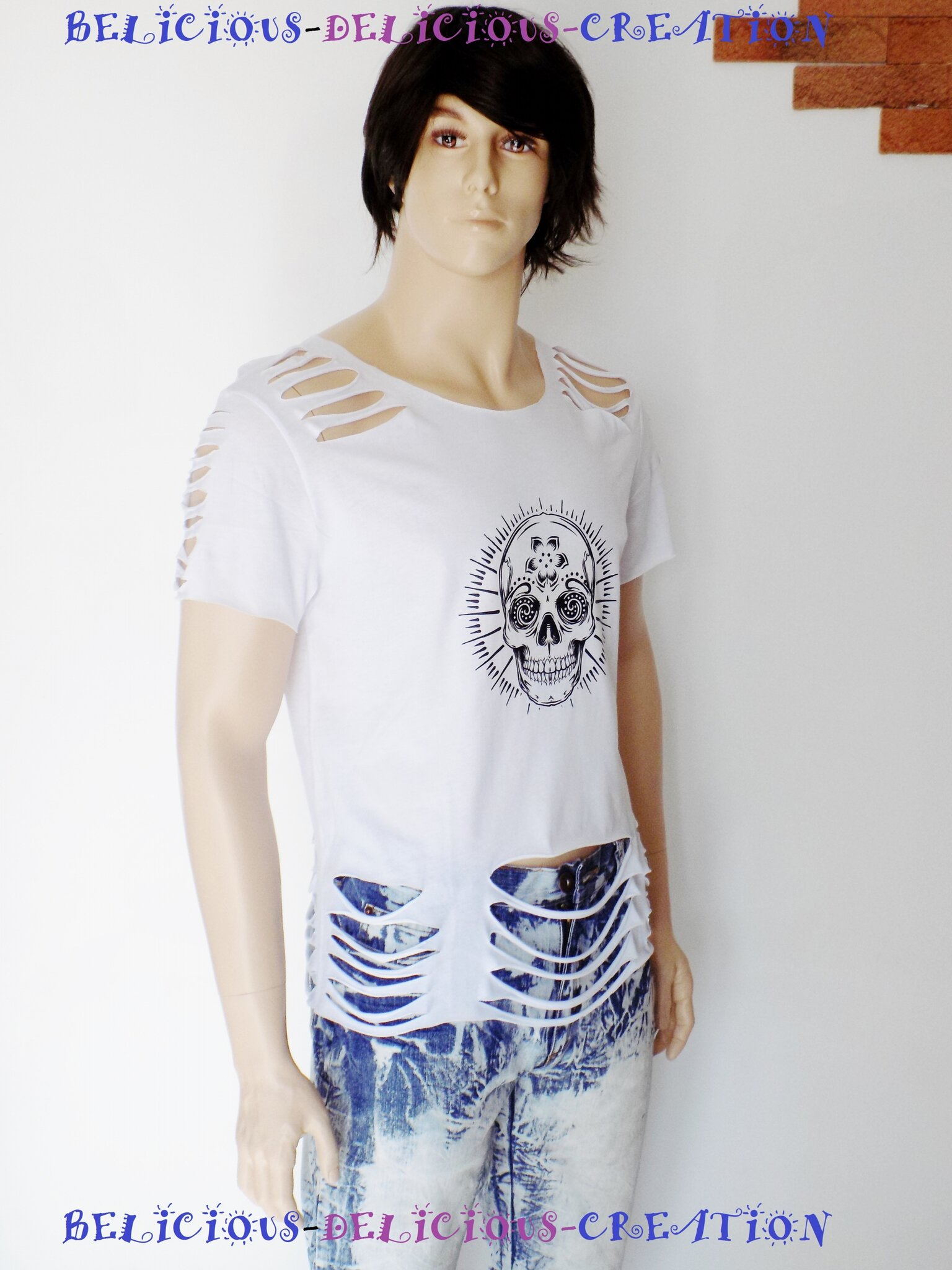 t-shirt mens white slashed with notif skull d