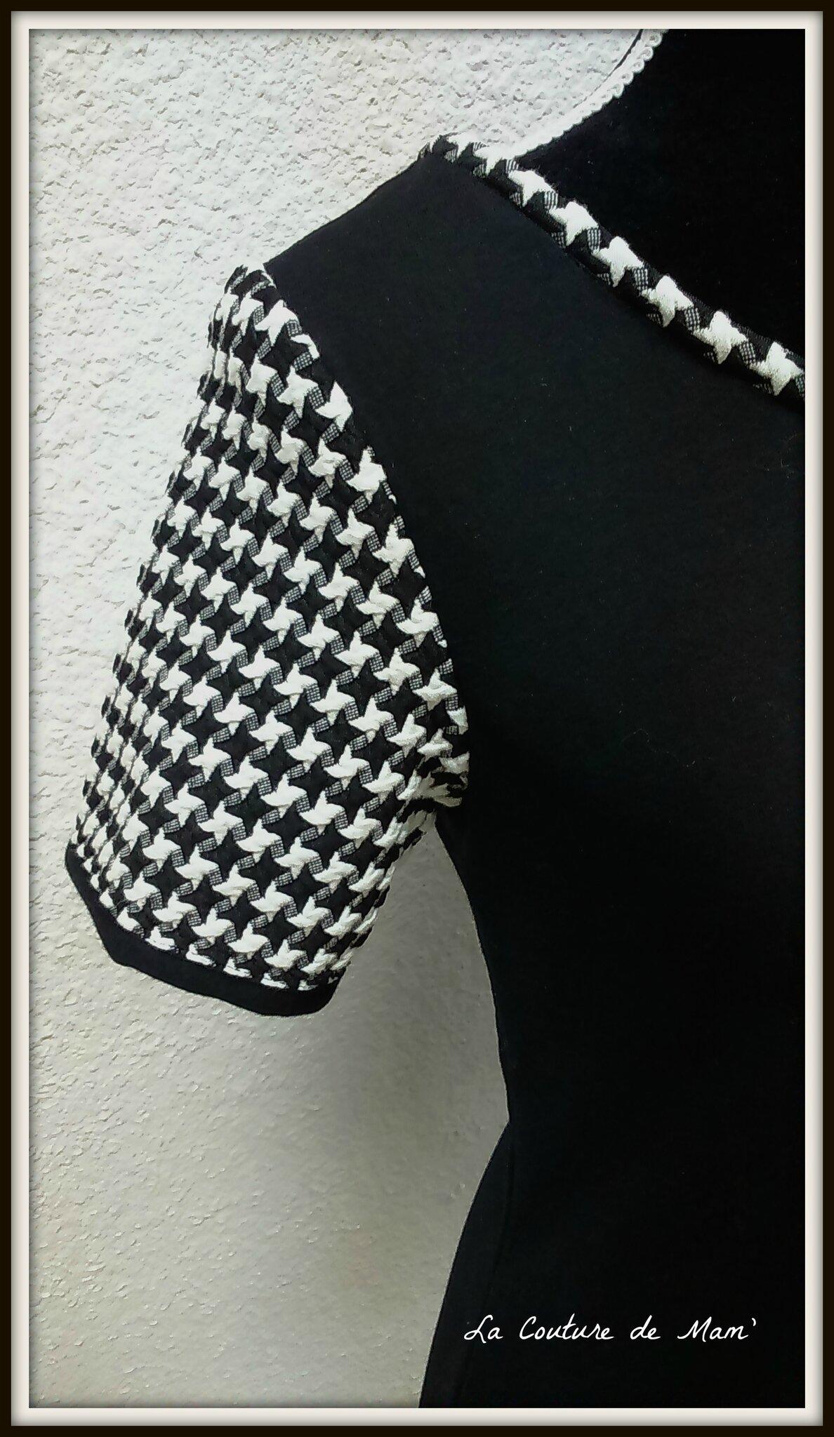 Ottobre, ma tunique noire et blanche
