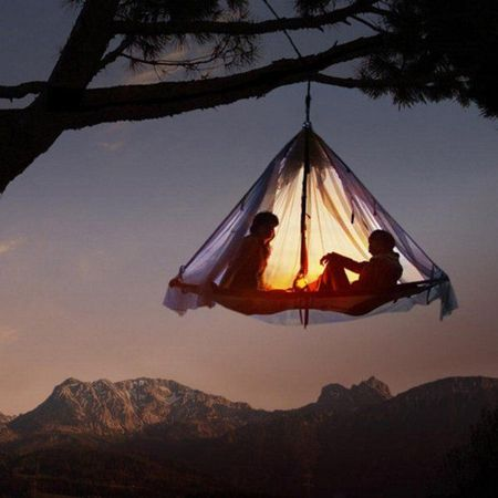 Hanging-Tent