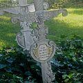 Le 11 novembre, les tombes et les monuments aux morts ii
