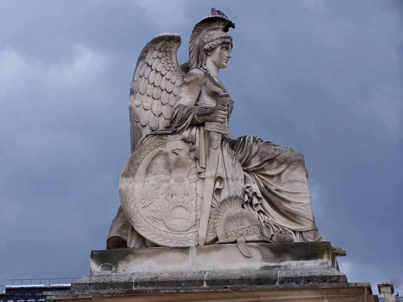 Arc de Triomphe du Carrousel-Statue la France victorieuse