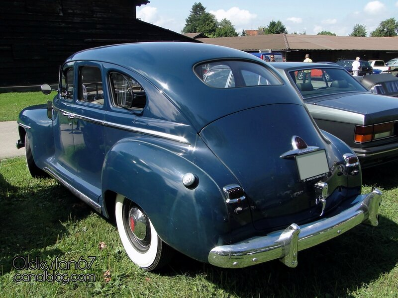 plymouth-special-deluxe-sedan-1946-1948-02