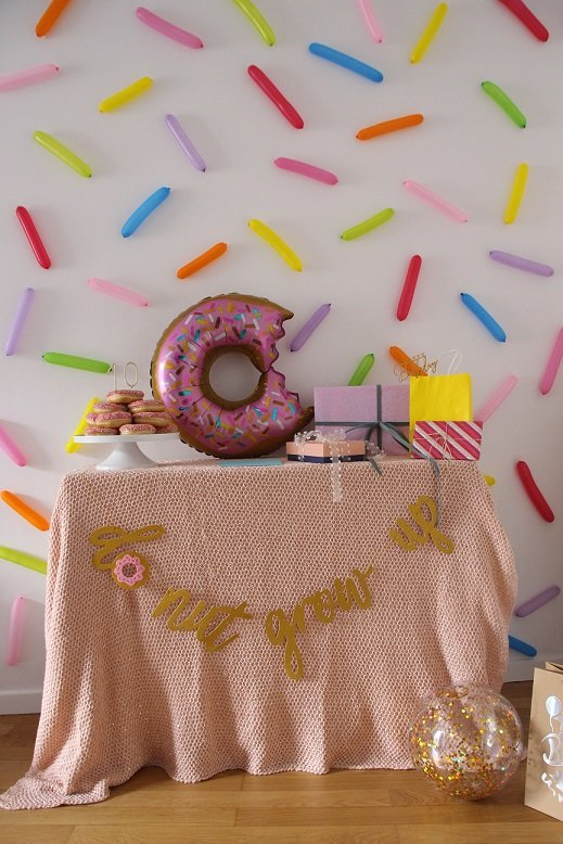 happy_10_donut_party