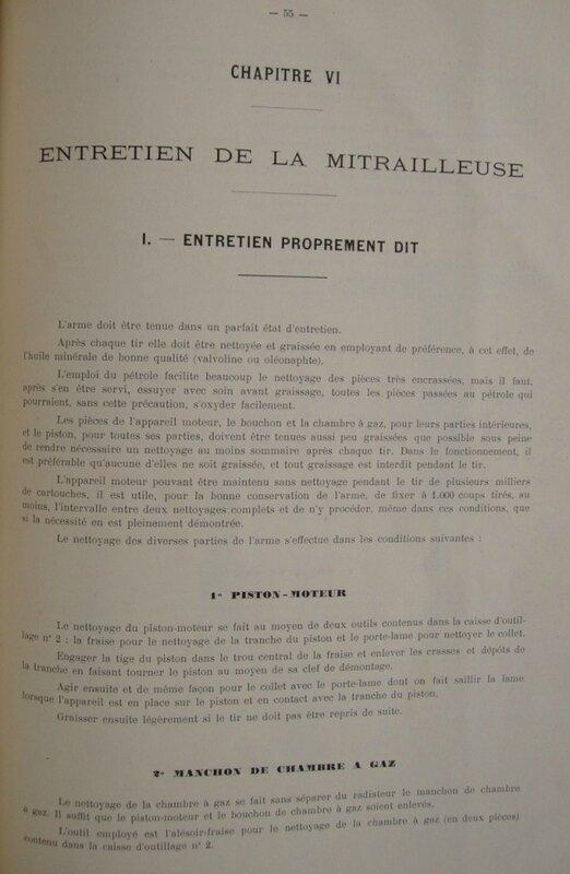 mitrailleuse saint Etienne 1907 avec détail des outils et accessoires10