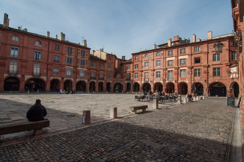 Montauban_-_place_nationale