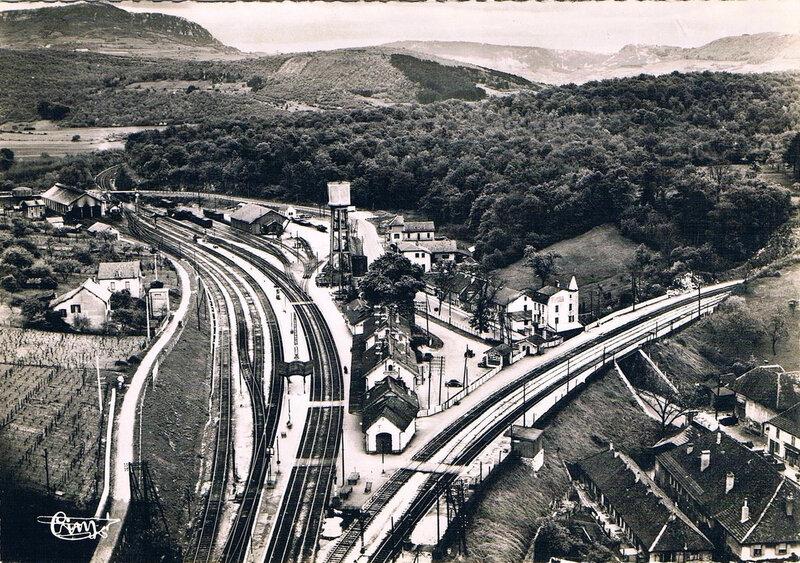 mouchard-39-vue-aerienne-au-dessus-de-la-gare
