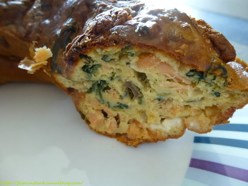 Cake salé moelleux saumon-blettes-chèvre (22)
