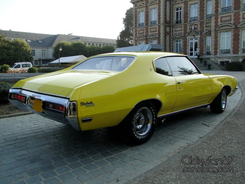 buick-skylark-custom-coupe-1971-02
