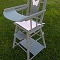 chaise haute ancienne en bois pour poupée restaurée