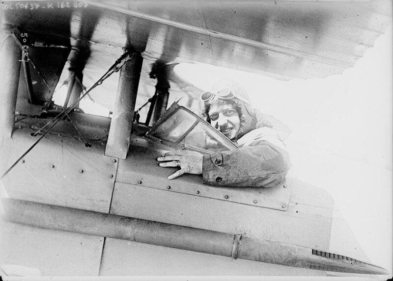 1917-11-08 - L'as_aviateur_sous-lieutenant_[François]_de_[
