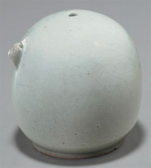 a_dome_form_white_porcelain_water_dropper_joseon_period_d5347210h