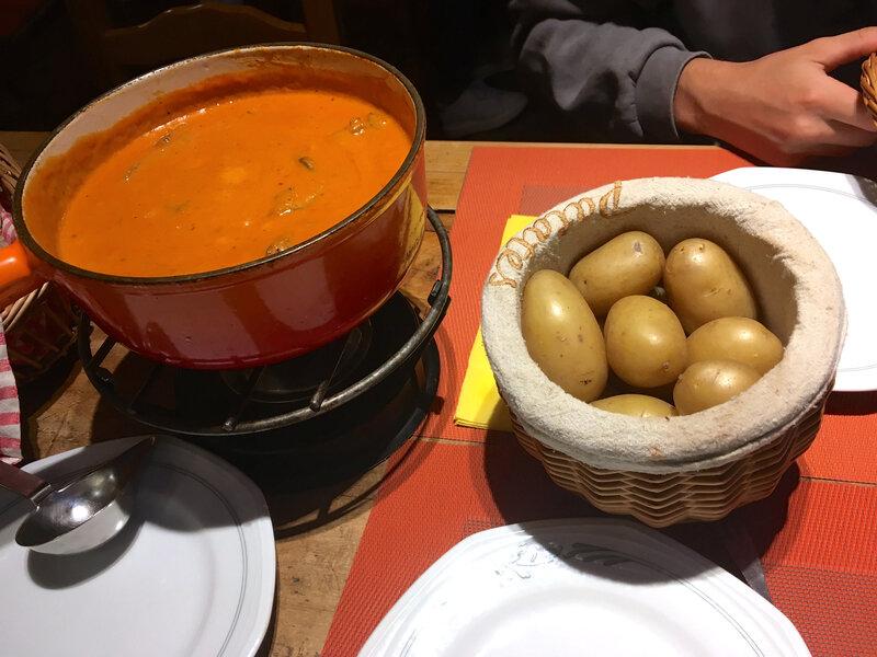 fondue à la tomate, bolet, lardons