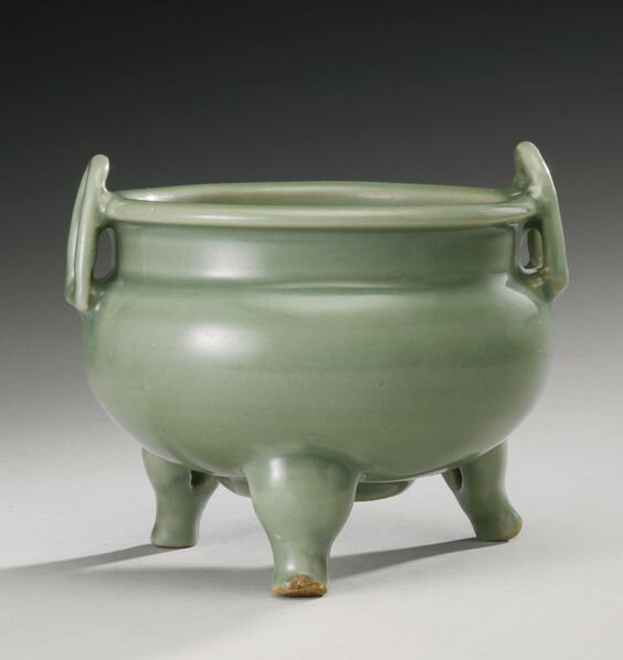 A Longquan celadon tripod censer, Yuan-Ming dynasty (1279-1644)