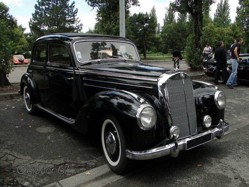 mercedes-220-berline-1952-a