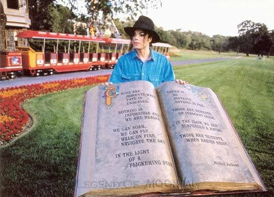 Inside-Neverland-michael-jackson-in-neverlands-kingdom-26041925-560-402