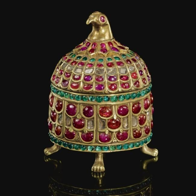 Mughal Gem Set Gold And Jade Objects And Jewelry India