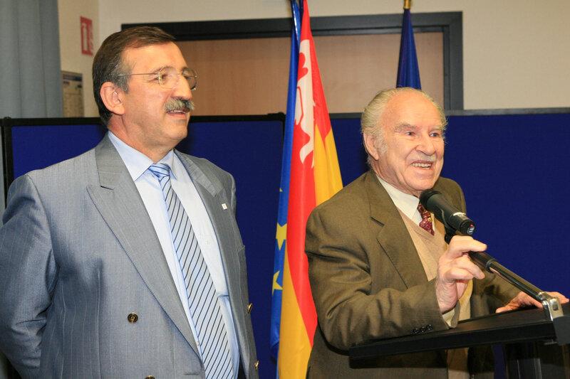 234 (Photo 234) Lucien Gastaldello (à gauche) a succédé à Robert Pérussel