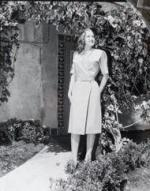 1946-CA-Palos_Verdes-by_hal_bloom-for_blue_book-steinie-020-1-4422