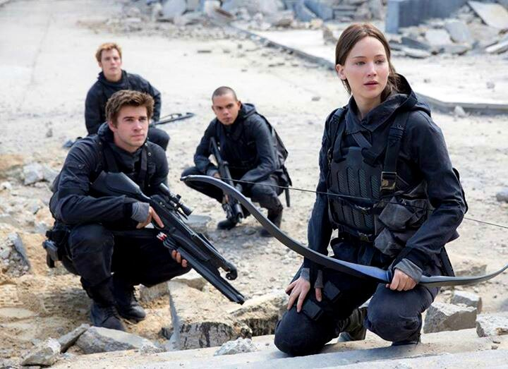 Hunger Games Mockingjay Part 2 Katniss and Gale