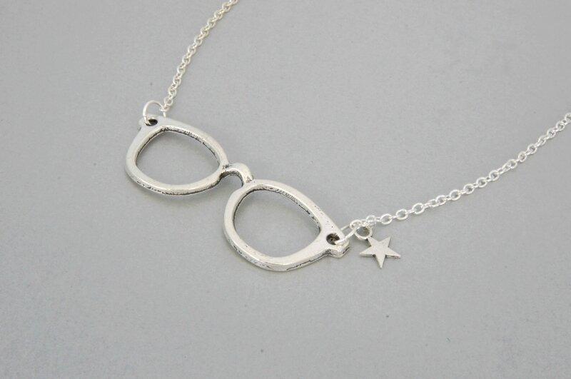 collier lunettes étoiles 2