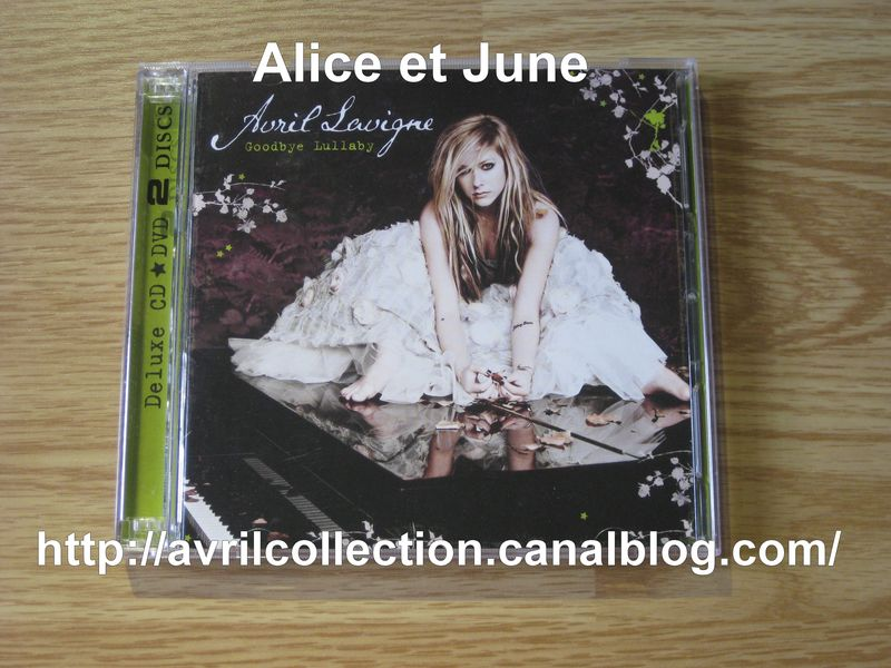 CD Goodbye Lullaby-édition collector-version canadienne (2011)
