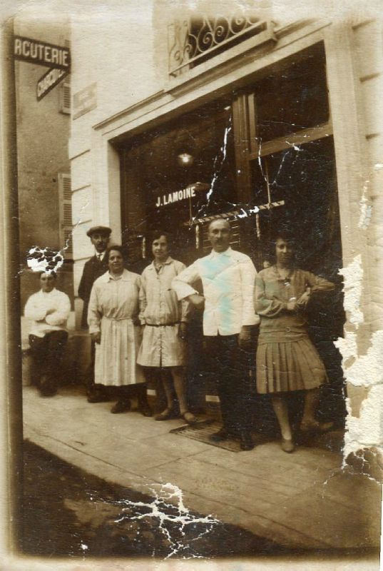 1930 Nouvelle charcuterie Lamoine