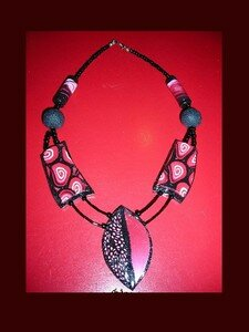 Collier_Edith_rouge
