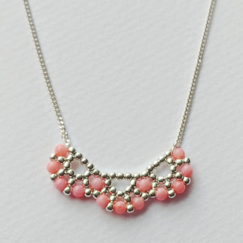 collier-rose-corail-perles