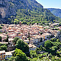 Moustiers-Sainte-Marie, de profil (04)