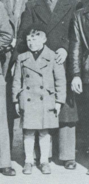 Roger Godfrin est le seul enfant d'Oradour qui ait survécu au massacre