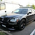 Dodge magnum SRT8 (Rencard Burger King mai 2011) 01