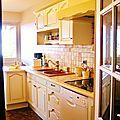 Nouveau look pour cette cuisine peinte et patinée
