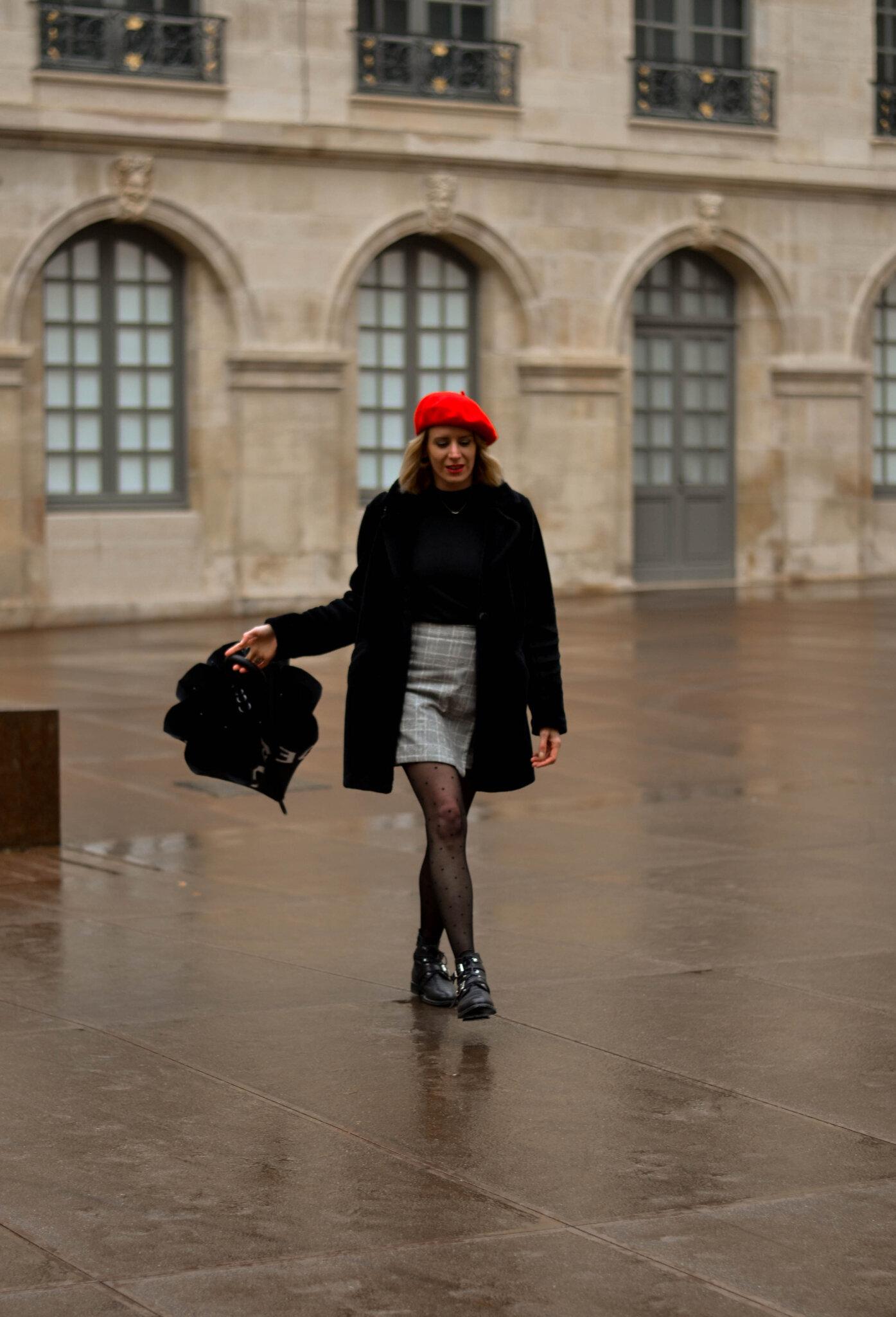 Look look look # En rouge et noir sous la pluie